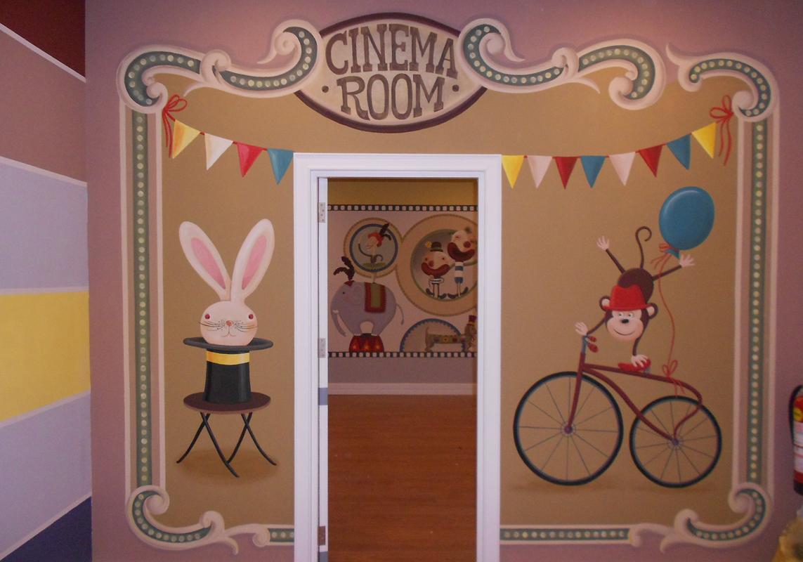 kids club_cinema room entrance_wall painting 3,5x3 m