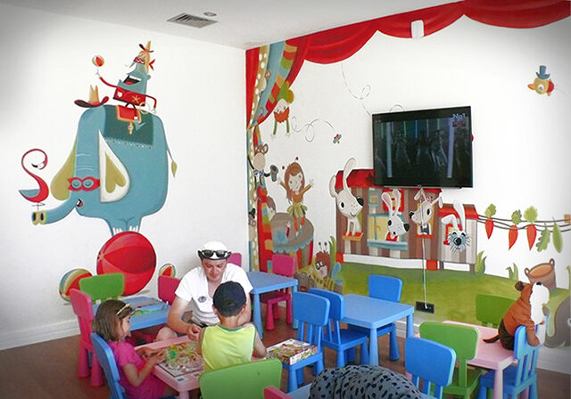 Kids Club WALL PAINTING